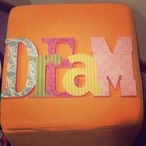 DREAM Wall Decor